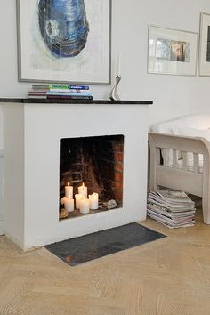 interiorsporn: via alvhem makleri An oldie but a goodie…candles are great either in a non working fireplace or a working one during the summertime. Decor, Candles In Fireplace, Home Living Room, Empty Fireplace Ideas, House Styles, Family Room Fireplace, Interiors Dream, Interior Design Living Room, Fireplace
