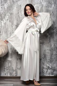 Bride Dressing Gown, Satin Dressing Gown, Kimono Dressing Gown, Lace Bridal Robe, Bridal Robes, Bridal Gown, Wedding Kimono, Lace Kimono, Bridesmaid Robes