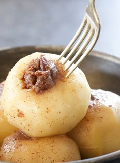 Sous Vide Cinnamon Spiced Apples Warm cinnamon spiced apples are like baked apples — only better. I love how tender and buttery these app. Weight Watcher Desserts, Mini Desserts, Dessert Recipes, Recipes Dinner, Sous Vide Dessert, Cooking Time, Cooking Recipes, Cooking Pasta, Healthy Recipes