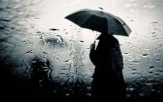 A man standing outside in the rain with an umbrella Rainy Mood, Rainy Night, Rainy Days, Wallpaper Glass, Boys Wallpaper, Black Wallpaper, Rainy Day Wallpaper, Image Triste, Coping Skills