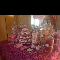 Safari baby shower- They used animal crackers! Pink Safari Baby Shower- Dessert table so cute! Baby Shower Desserts, Baby Shower Cakes, Baby Shower Parties, Cheap Baby Shower, Girl Shower, Baby Shower Backdrop, Baby Shower Decorations, Cheetah Baby Showers, Baby Bottle Storage
