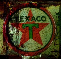 you can trust your car to the man who wears the star..the big, bright Texaco star!