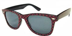 #Checker style #wayfarer sunglasses look good on any women who love to experiment with vintage styles.