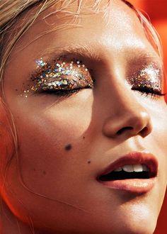 New makeup glitter carnaval inspiration Ideas Makeup Inspo, Makeup Art, Makeup Inspiration, Beauty Makeup, Eye Makeup, Hair Makeup, Hair Beauty, Fashion Inspiration, Beauty Art