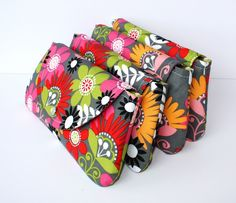 Sweet Pea Easy Snap Clutch ...  would be so easy to make these for giveaways