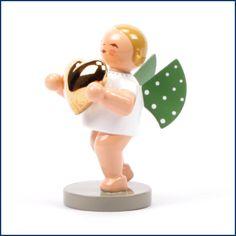 Aus unserem aktuellen #Newsletter: #Liebesbote mit #goldenem #Herz aus dem Traditionsunternehmen #Wendt & #Kühn. Ein süßer #Wegbegleiter der 365 #Tage im #Jahr den #Beschenkten besonders erfreut. #Zeitlos, #traditionell und besonders #kostbar. Erhältlich im #Feingefühl #Shop! http://feingefühl-shop.de/wendt-und-kuehn/gruenhainicher-engel/200/liebesbote-mit-goldenem-herz