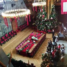 Aerial view of the Banquet Hall by Biltmore Estate Christmas, Biltmore Estate Asheville Nc, Christmas Love, Christmas 2019, American Mansions, Christmas Decorations, Holiday Decor, Elegant Homes, Historic Homes