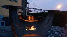 Cooles Ambiente mit dem Mezzaluna von SteelSign Design, Grill Accessories, Crickets, Stainless Steel, Design Comics