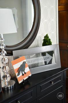DIY #Halloween Sign | theidearoom.net #LowesCreator