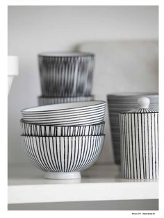 Penstripe Ceramics by House Doctor. Mug €4,95 www.goeds.nl