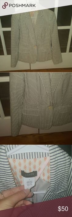 J.Crew seersucker blazer size 4 EUC Fun preppy J.Crew navy/white seersucker blazer. Size 4. In excellent condition!is lined. J. Crew Jackets & Coats Blazers