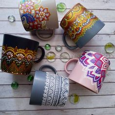 Paint Brush Art, Dot Art Painting, Pottery Painting, Painting Patterns, Pottery Art, Painted Coffee Mugs, Hand Painted Mugs, Mandala Art Lesson, Flower Pot Design