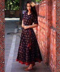 The Angrakha Demure🍂 Feel comfortably elegant in our all new Ajrakh print angrakha dress. Kalamkari Dresses, Ikkat Dresses, Elegant Dresses, Casual Dresses, Fashion Dresses, Summer Dresses, Kurta Designs Women, Blouse Designs, Indian Designer Outfits