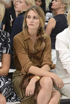 Olivia Palermo Photos - TV personality Olivia Palermo attends the Delpozo fashion show during Mercedes-Benz Fashion Week Spring 2015 at Location 05 Studios on September 2014 in New York City. Girl Fashion, Fashion Show, Beautiful People, Beautiful Women, Olivia Palermo Lookbook, Vogue, Delpozo, Stylish Girl, Front Row