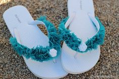 Flip Flops – Make Your Own With Fabric Scraps! {Tutorial} by Kim Layton (These would be so cute to make for Exploremore Day!)