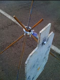 Like this, can be taken down or put up easily. Shooting Stand, Shooting Practice, Shooting Gear, Steel Shooting Targets, Metal Targets, Archery Targets, Hunting Guns, Archery Hunting, Deer Hunting
