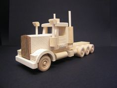 Australian Big Rig Wood Projects For Kids, Woodworking Projects For Kids, Dump Trucks, Toy Trucks, Toys For Boys, Kids Toys, Traditional Toys, Toy 2, Wood Toys