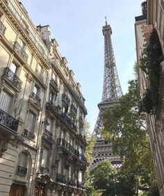 Image shared by Find images and videos about aesthetic, travel and paris on We Heart It - the app to get lost in what you love. City Aesthetic, Travel Aesthetic, The Places Youll Go, Places To See, Paris 3, Beau Site, Travel Goals, Travel List, Paris Travel