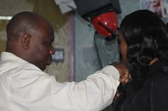 Director, Wale Olosunde getting the guest Bimbo ready for the recording