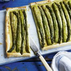 Asparagus and Gruyère tart recipe - Woman And Home - Tarte de espargos