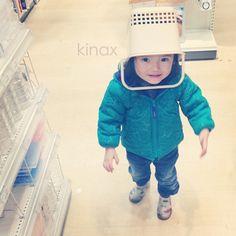 *  She got a new hat  (๑′ᴗ‵๑)hihi  *  お買い物してたら  「ままー!みてみてー!」って呼ぶので見たら、ヘンテコ帽子かぶってたよʕ •́؈•̀ ₎w  ぷぷ  *  #親バカ部 #children #kids - @kinax- #webstagram