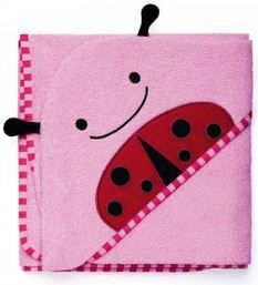 En color rosa, esta capa de Skip Hop está pensada para bebés hasta los 36 meses ... http://www.mibabyclub.com/tienda/hora-del-bano/toallas-y-albornoces-para-bebes/toalla-skip-hop-lady-bug.html