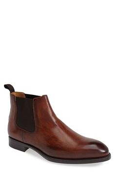 Free shipping and returns on Magnanni 'Emmit' Chelsea Boot (Men) at Nordstrom.com. A handsome silhouette enhances a burnished leather chelsea boot classically styled with elastic goring at the sides for easy on-and-off and a snug fit.