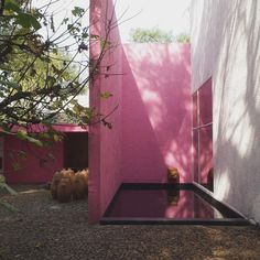 The Mexican Architect Who Painted Modernism Pink: The inimitable style of Luis Barragán | Food52