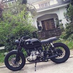 """""""Black is back... #crd55 by @caferacerdreams >> #motorcycle #motorcycles…"""