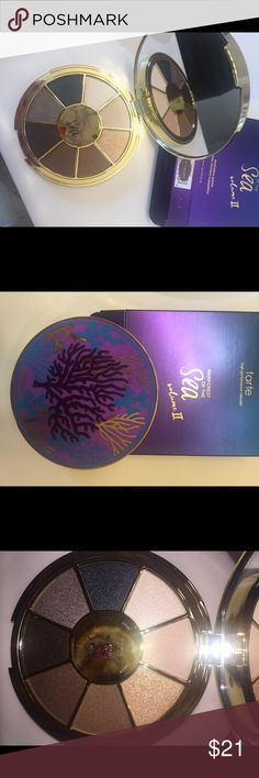 Eyeshadow pallete BRAND NEW... still has the plastic cover and original box, never even swatched! tarte Makeup Eyeshadow