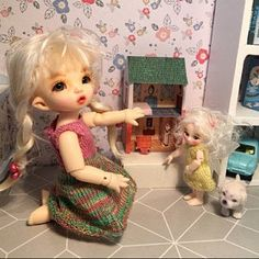 VINTAGE Dollhouse Miniature Kit 1 DIY Craft Printable | Etsy Toy House, Thing 1, Barbie Toys, Vintage Dollhouse, Pink Bedding, Book Gifts, Miniature Dolls, Diy Kits, Paper Dolls