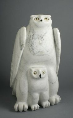Owl With Chicks ~ Artist Joannie Manning Cape Dorset Marble Inuit Art, Tlingit, Beautiful Owl, Bone Carving, Indigenous Art, Owl Art, Native Art, Land Art, Funny Art