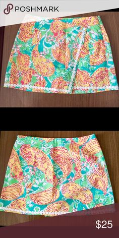 Lilly Pulitzer skirt (skort) Never worn and in great condition! No trades :) Lilly Pulitzer Skirts Mini