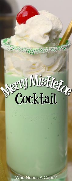 Merry Mistletoe Cocktail - Who Needs A Cape? Almost a milkshake, but not quite! You'll love the mint flavor, of the Merry Mistletoe Cocktail. It is perfect for Christmas and the holiday season. Christmas Drinks Alcohol, Christmas Cocktails, Holiday Cocktails, Christmas Desserts, Christmas Treats, Party Drinks, Fun Drinks, Yummy Drinks, Alcoholic Drinks