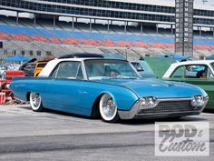 Mild Kustom 1962 Ford Thunderbird