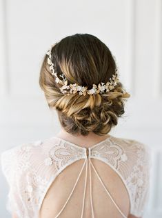 648 best Wedding Hairstyles images on Pinterest in 2018 | Bridal ...