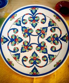 Ceramic Plates, Decorative Plates, Vintage Plates, Islamic Art, Art Boards, Folk Art, Blue And White, Pottery, Decoration