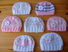 marianna's lazy daisy days: Knitted Baby Girl Hats (easy mod for boys) - free pattern instructions at http://mariannaslazydaisydays.blogspot.co.uk/2013/05/knitted-baby-girl-hats.html