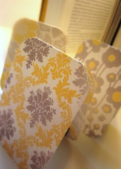 Magnetic Bookmark- easy & cheap craft for Mops. #Mops
