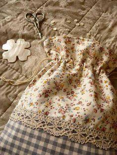 Saquinho tecido