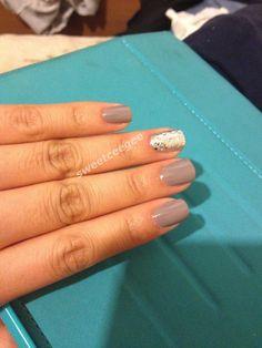 Essie Chinchilly with glitter