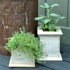 DIY Antiqued Wooden Patio Planters