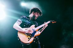 Paramore on stage at Qudos Bank Arena in Sydney, Australia - 02/09/18 #TourFour #Paramore