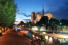 Paris; plunge into immersive stories: storyexpe.com
