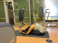 fashUPwithShivani: Healthy life with 'Yoga' - Fitness in 2016 #yogaforlife #yogaliving #healthybodyandmind #heallthyliving #indianblogger #fitnessblog