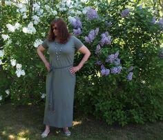 Vaateviidakko: Vihreä maksimekko Short Sleeve Dresses, Dresses With Sleeves, Handmade Dresses, Diy Dress, Diy Clothes, Fashion, Diy Clothing, Moda, Sleeve Dresses