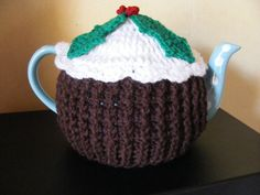 CROCHET CHRISTMAS PUDDING TEA COSY