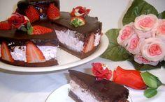 Retete Culinare - Tort cu capsuni si must
