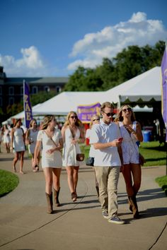 <p>The SMU Boulevard was packed for the first college football game of the season. Check out some of the whiteout styles seen on campus.</p>