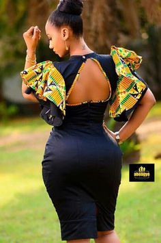 Do you know you can look prettier on corporate Kente attire? African Fashion Ankara, Latest African Fashion Dresses, African Dresses For Women, African Print Fashion, African Attire, African Women, African Prints, African Style, Afro